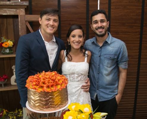 Adriano Sobral com noivos em Casamento - Sobral Gastronomia